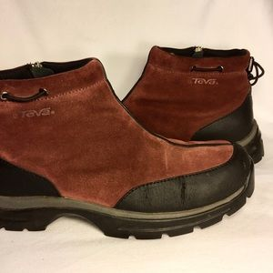 Teva Waterproof Side Zip Boot
